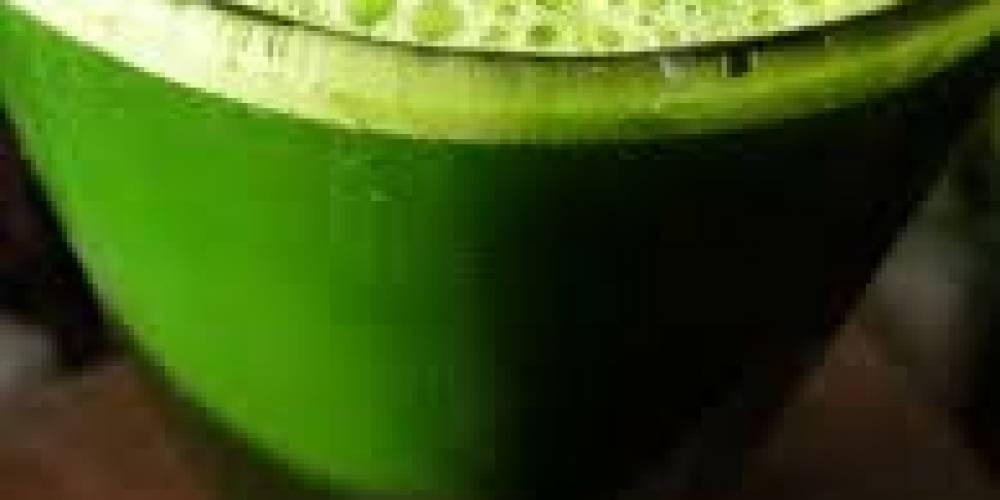 Zielony sok regulujący poziom glukozy wg przepisu doktora Walkera
